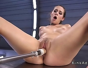 Lovable babe cums from fucking machine