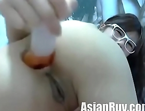 asian toying and squirting