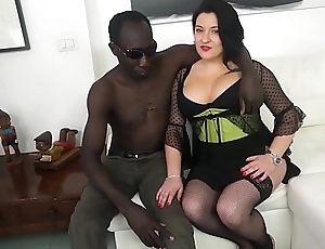 CASTING ALLA ITALIANA - Romanian BBW takes anal at interracial Italian hurl