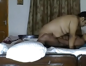 desi indian faty guy fucking her wife pussy