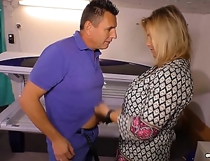 HAUSFRAU FICKEN - Blonde German housewife receives will not hear of amateur pussy drilled