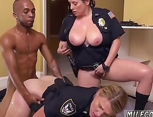Hardcore serfdom xxx Black Male squatting in home gets our mummy