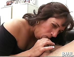 Mother i'_d like to fuck receives a biggest facial