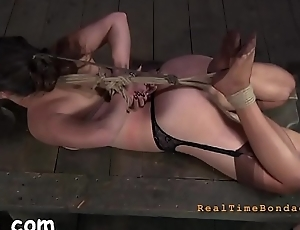Wrethen torture for babe'_s body